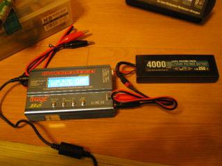 バッテリー 充電 器 リポ